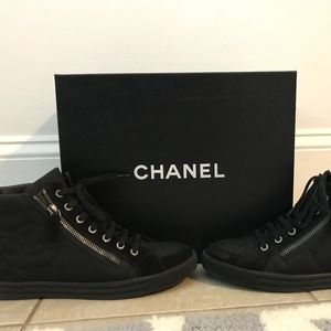 CHANEL Canvas Suede Leather Zip High Top Sneakers